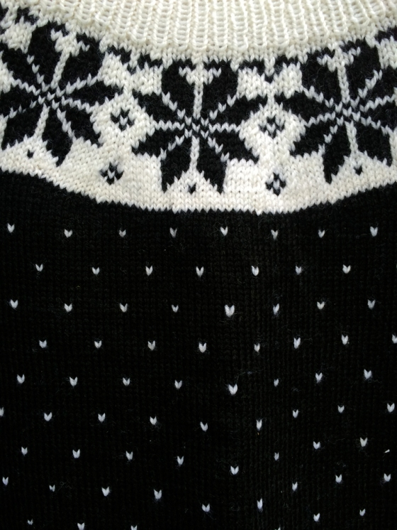jumper detail